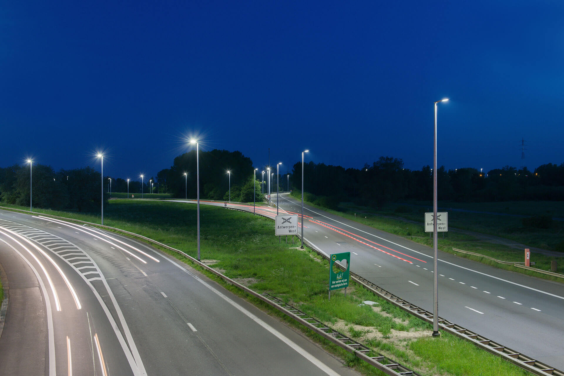 Teceo improves visibility and visual comfort while cutting operational costs for the E17 in Belgium